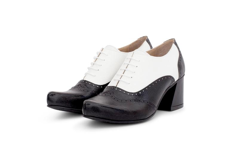 Balaclava Wear Spectator Black & White Wingtip,Chunky Heel Women Pure Leather Oxford Shoes